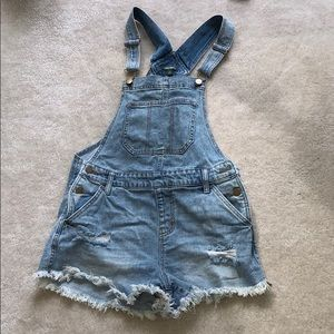 Wild Fable Denim short overalls xs